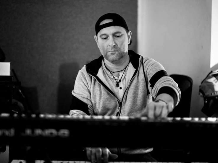 Michael Szynol - About My Fear - Keyboard Player